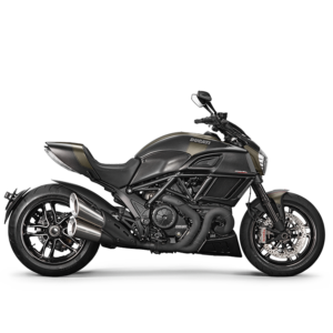 Diavel Carbon chez Paris Nord Moto