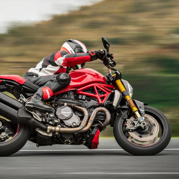 image 03 Ducati Monster 1200R Paris Nord Moto