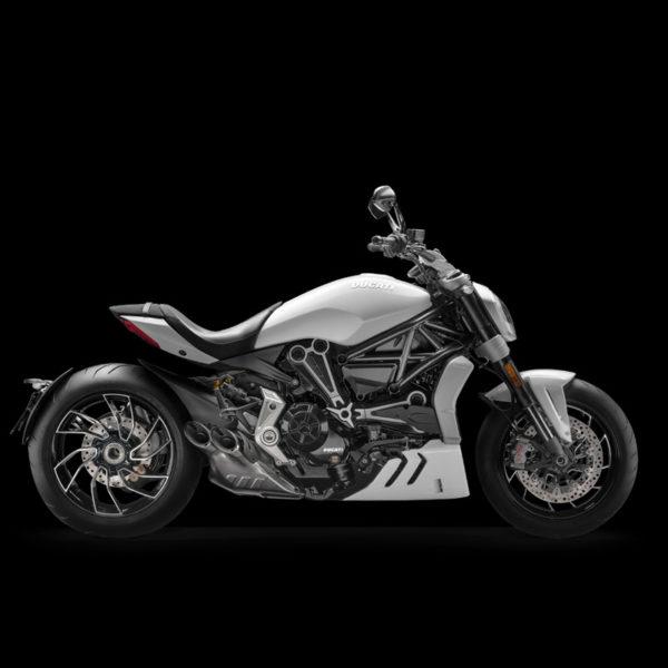 Xdiavel-S white Paris Nord Moto