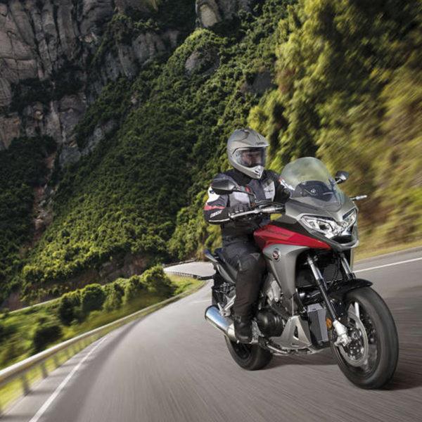 image VFR800X Crossrunner Paris Nord moto