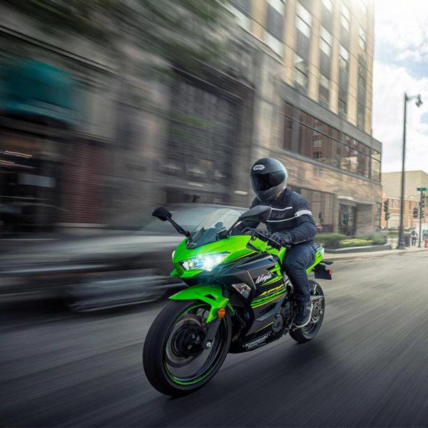image 02 galerie Ninja 400 2018 Paris Nord Moto