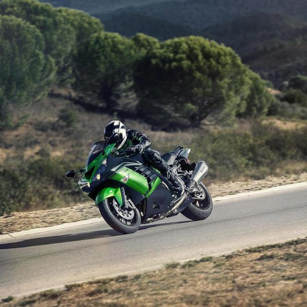 image 02 galery ZZR1400 Performance Sport 2018 Paris Nord Moto
