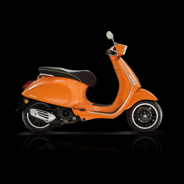 Vespa Sprint 125 orange Piaggio Paris Nord Moto