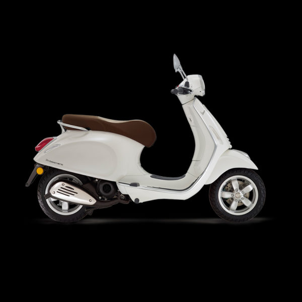 Vespa Primavera 50 blanc Piaggio Paris Nord Moto