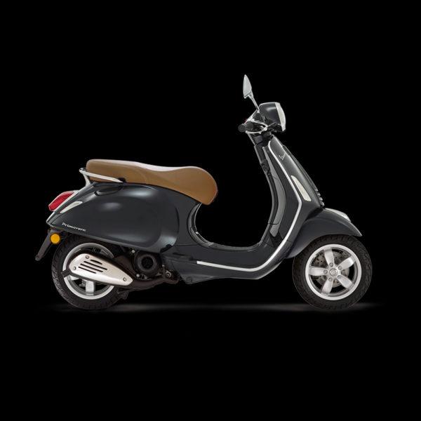 Vespa Primavera 50 noir Piaggio Paris Nord Moto