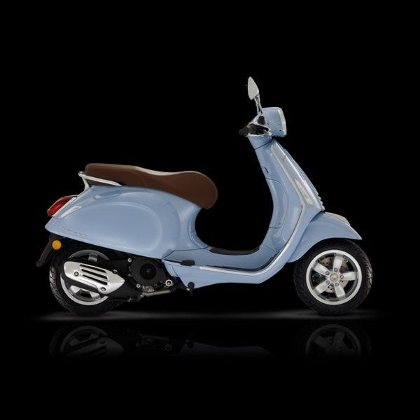 Vespa Primavera 125 bleu Piaggio Paris Nord Moto